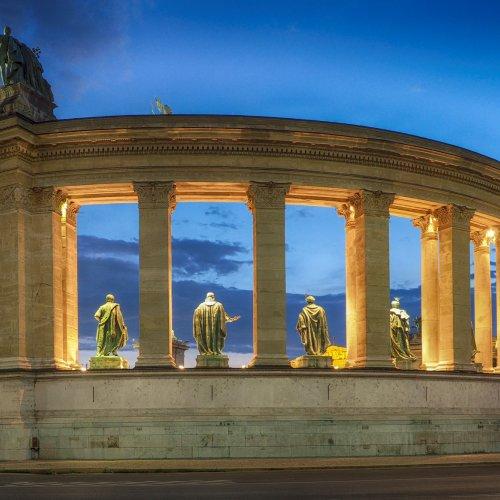 Budapest Plaza by Al McLeod