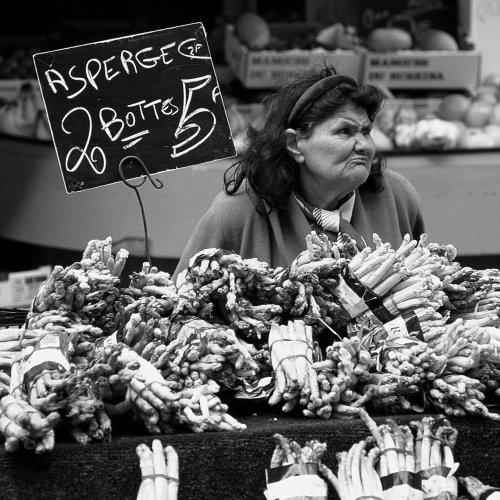 On the Edge - Paris Market, France by Mario DiGirolamo