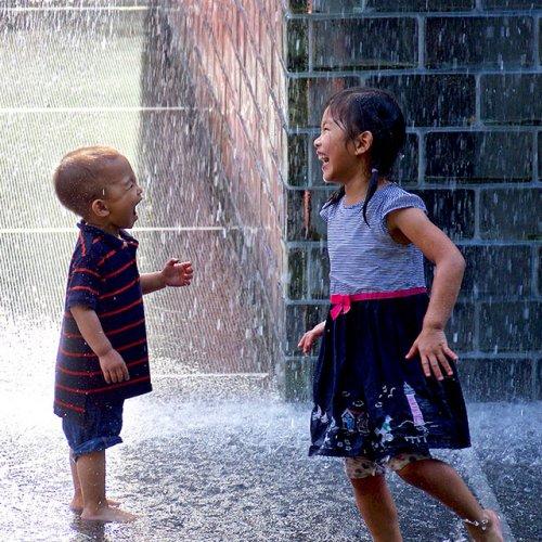Digital HM - Getting Wet! by Ru Britton
